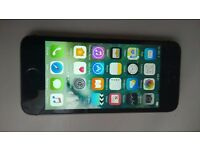 Cheap iPhone 5s in black locked to O2, fully working & iCloud Free.