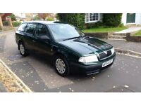 2004 SKODA OCTAVIA CLASSIC 1.9 TDI ESTATE GREEN 2 PREVIOUS OWNERS SERVICE HISTORY 12 MONTHS MOT