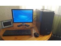 Dell Vostro Intel Core i3 / Win7 / Complete PC Mint condition £90 Only !
