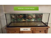 4ft fish tank with glass lid, heater and air stone,