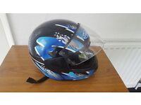 Full face helmet size LARGE. Blue & Black