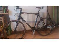 "Trek 7.5 FX Hybrid Bike - black, 25""/63.5cm frame, carbon fork - suits very tall man"
