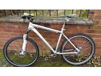 Giant mountain / commuter bike good condition 18inch