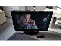 """LG 32"""" LCD TV Built in Freeview Great Condition Can Deliver local"""
