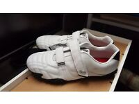 Lonsdale Trainers - New With out box