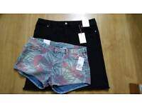 BNWT womens shorts and skirt size 18