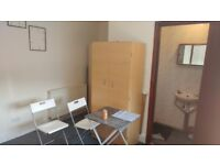 Extra Large En-suit double room £750 in kenton fully furnished and refurbished including bills