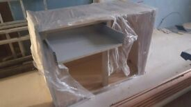 7 x 1000mm howdens unused kitchen floor units