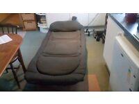 Tfgear 6 leg flat bed chair