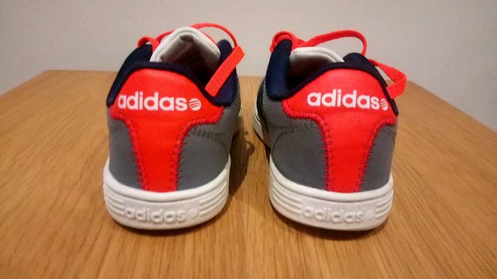 boys adidas trainers size 10