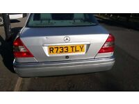 very good condition Used C180 Mercedes��� R7 Plate
