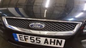 2006 FORD FOCUS FRONT GRILL IN GOOD CONDITION