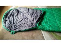 Hi Gear Single sleeping bag Mummy type 'RESOLUTE' Green and Grey inner