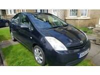 TOYOTA PRIUS T3 FULL MOT 2 KEYS 7 STAMPS TAX ONLY £10 A YEAR 4 NEW TYRES YARIS AURIS PICNIC