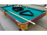 Table top pool snooker table