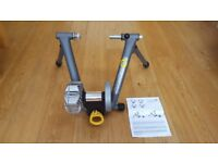 Cycleops Fluid2 Turbo Trainer - Excellent Condition, minimal use
