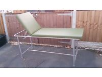 6' SALON MASSAGE BED LENGTH 6' WIDTH 2' GOOD CONDITION FREE LOCAL DELIVERY