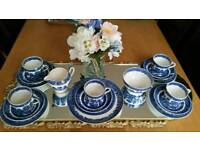 Collection of blue china - old willow, Broadhurst & Burleigh ware