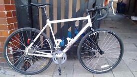 2015 Genesis Croix de Fer 20 Steel Road Bike - size 56cm