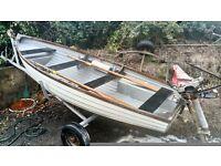Boat 12 foot fishing boat