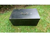 A lovely vintage retro tool box very clean