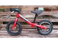 Isla Rothan Balance Bike - Lightweight quality kids balance bike. Suitable 2 years plus