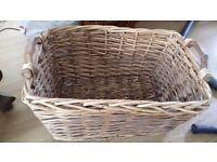 Wicker basket (laundry, logs, etc.)