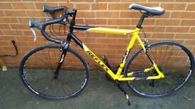 For sale Reflex road bike in used condition with shimano gears!Can deliver!