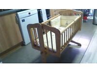 Baby's crib &. 2 sets of bumpers and blankets (1 mamas & papas and 1 mothercare)