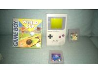 Vintage Nintendo Game boy with three games