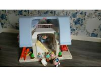 large Little tikes doll's house