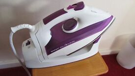 SiverCrest Cordless or corded steam iron 2400w