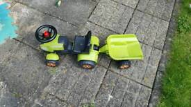 Claas child's ride on tractor & trailer
