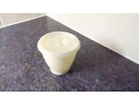 Vintage Tupperware caddy bowl and lid. Part of 3 bowl caddy. Cream colour.