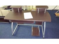 Desk brown great condition