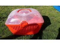 Excellent Condition. Pet Carrier suitable for cats, guinea pigs or rabbits
