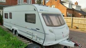 Touring caravan. Ace Supreme sunstar, 6 berth, twin axle with motor mover. 2006 great condition
