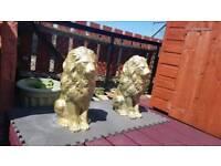 Lion stone statues