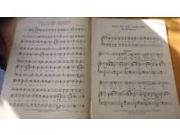 Sheet Music, collection with over 100 pieces. For instruments piano, guitar, violin, violoncelo