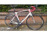 Carbon Road Bike Excellent Condition - Giant Defy Composite 1 (2014) - Large