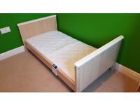 Mamas & Papas Murano Cot/Bed (VGC) with FREE Luxury Pocket Sprung Mattress (excellent condition)