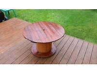 Garden table cable drum