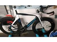 Scott Plasma Carbon TT Bike with spare Shimano wheels and spare profile design aero cockpit