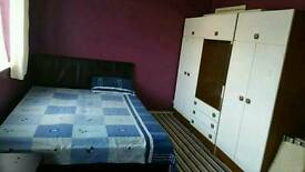 Double king size room for rent near filton uwe