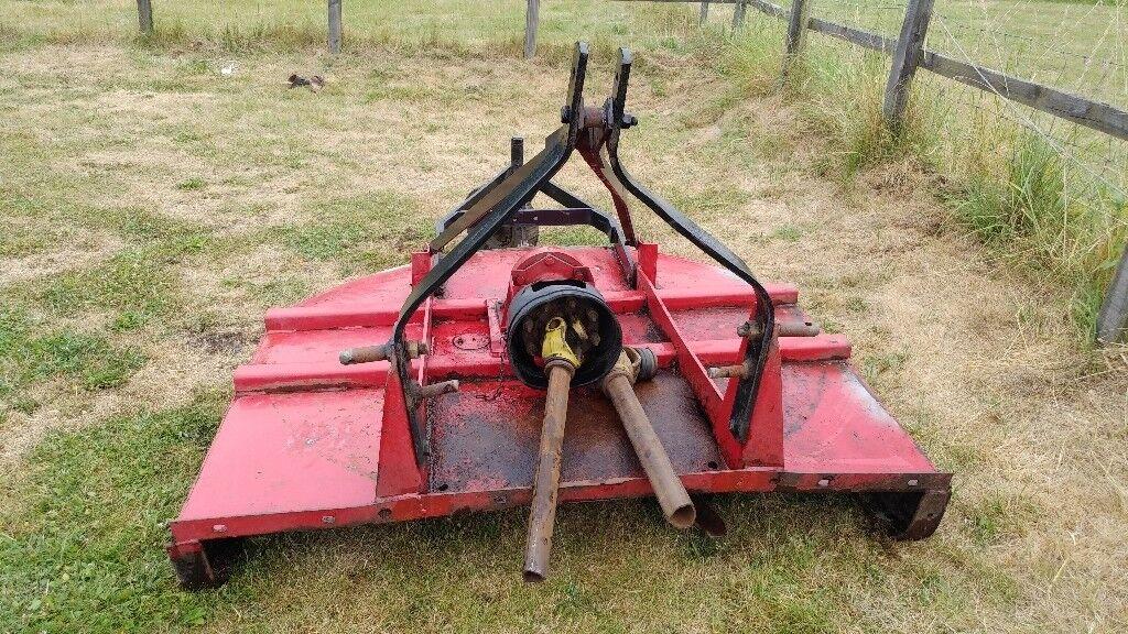 5ft Bush Hog Heavy Duty Grass Topper In Good Condition
