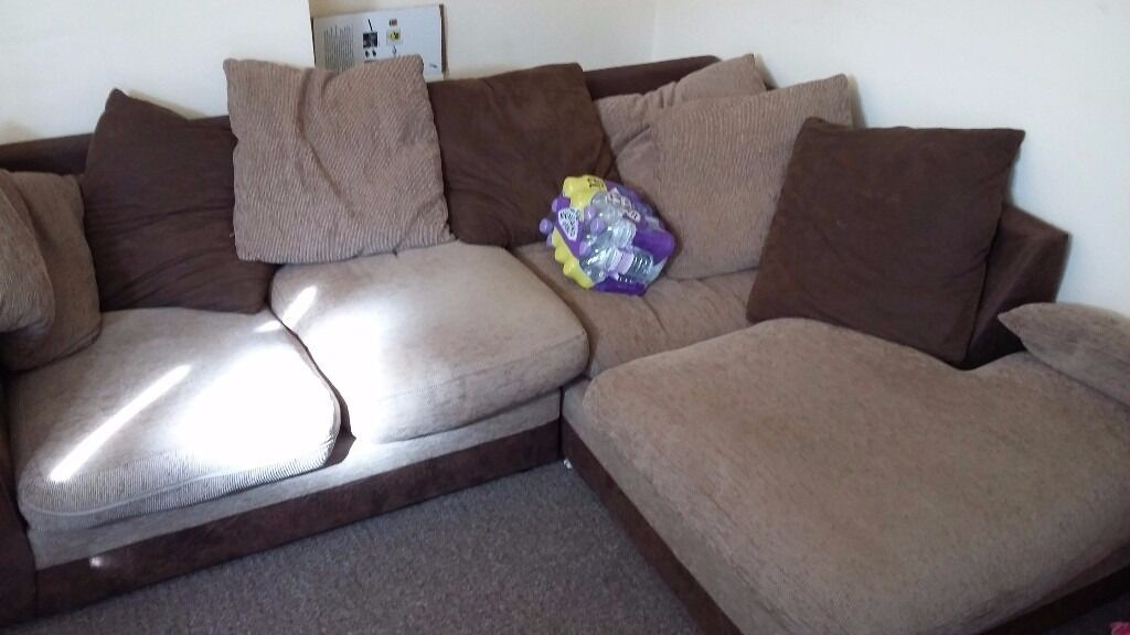 Sofa setin Winson Green, West MidlandsGumtree - Sofa set for sale, this is used selling urgently, Price also down, this is corner sofa and it is 5 seater