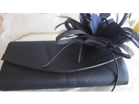 Debut clutch bag & facinator in Navy used for few hours IMMACULATE from smoke/pet free home