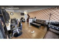 Barber/ hairdressing chairs x4