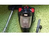 Vax hoover 2000W Red and black