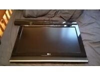 """32"""" LG TV (Sound Bar Included)"""
